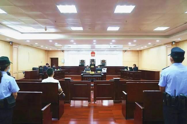 广西中医药大学原校长唐农受贿案一审 获刑11年