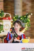 杨紫《萌探探探案》穿越童话世界,化身白雪公主巧捉萌贼